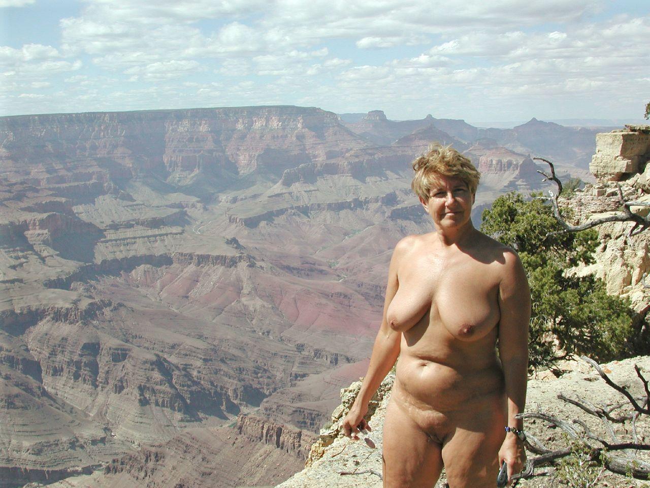 Фото нудисты женщины