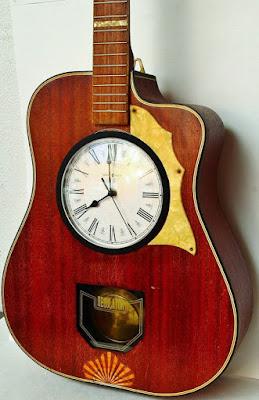 guitarra reloj