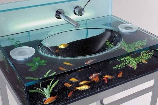 Pias de banheiro mais bizarras - Pia aquario