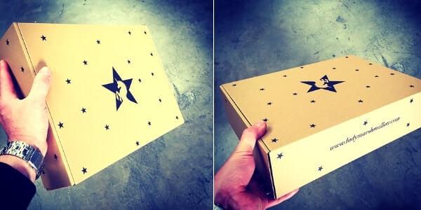cajas personalizadas con impresión a una tinta en negro
