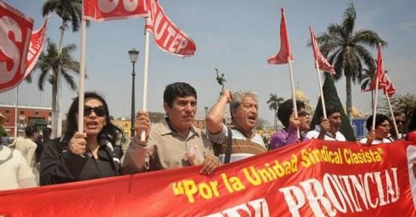 UGEL sanciona a dos profesoras por acatar huelga en Trujillo