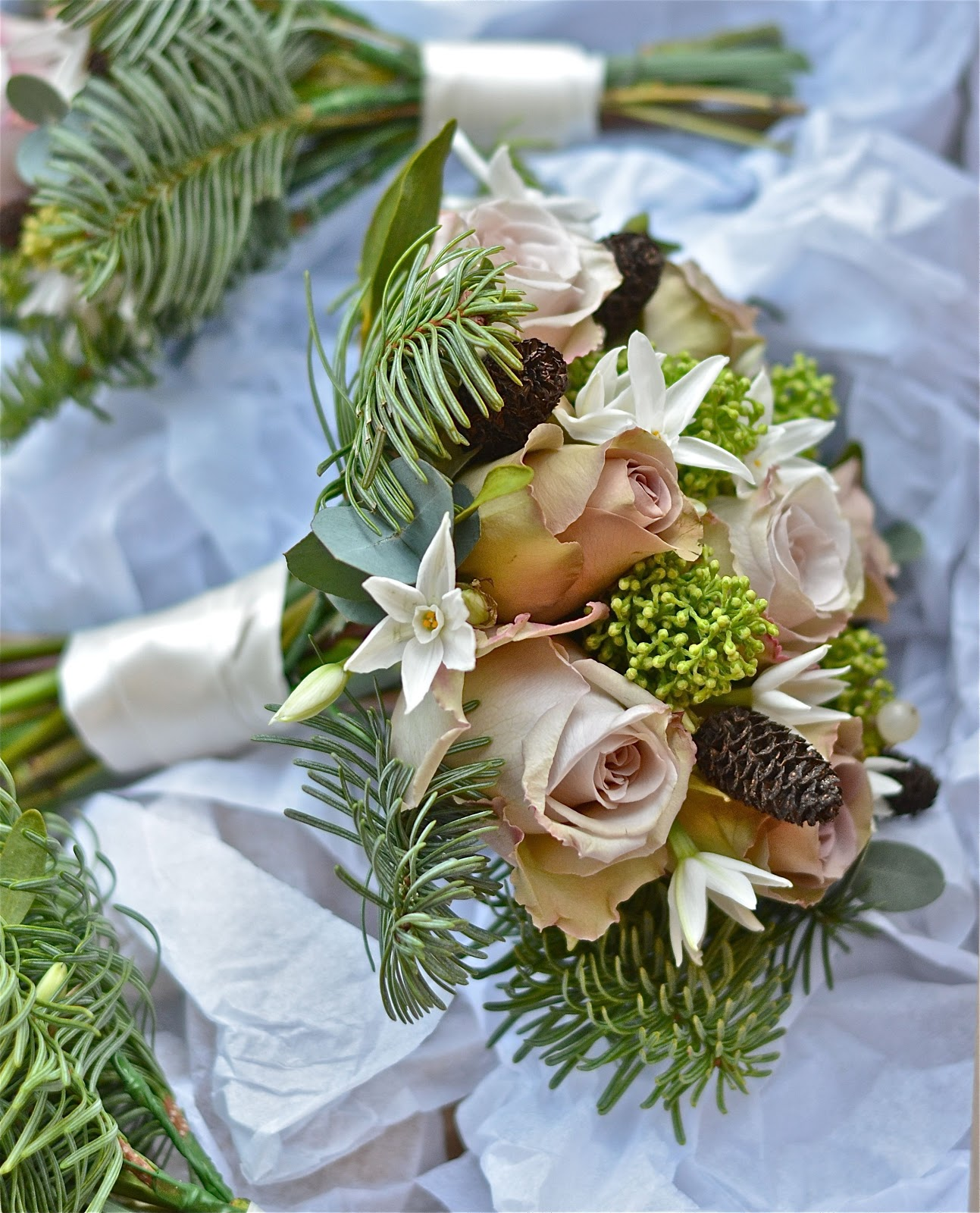 Wedding Flowers Blog: Jen's December Wedding Flowers