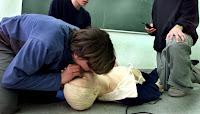 El masaje cardíaco a ritmo de 'La Macarena' mejora la reanimación