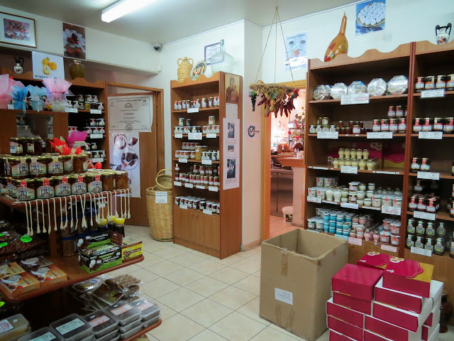 One week in Cyprus: Katerina Cyprus sweets shop in the Troodos region