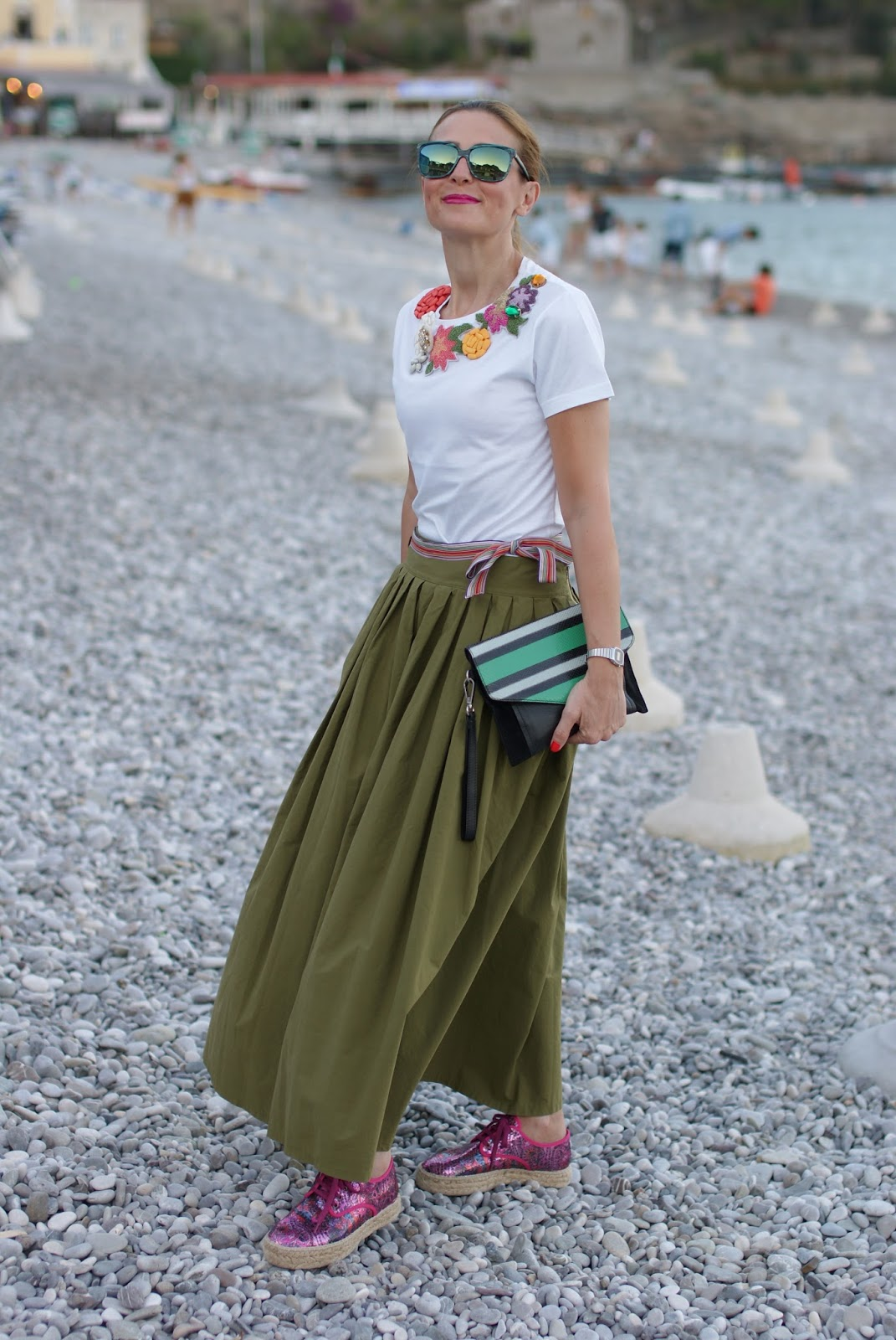 Espadrillas Eco friendly shoes and maxi skirt on Fashion and Cookies fashion blog, fashion blogger style