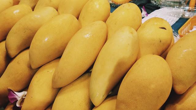 Pengalaman Makan Manggo Sticky Rice di Bangkok