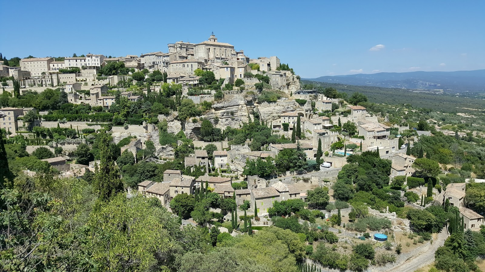 our house in provence gordes a beautiful hilltop village. Black Bedroom Furniture Sets. Home Design Ideas