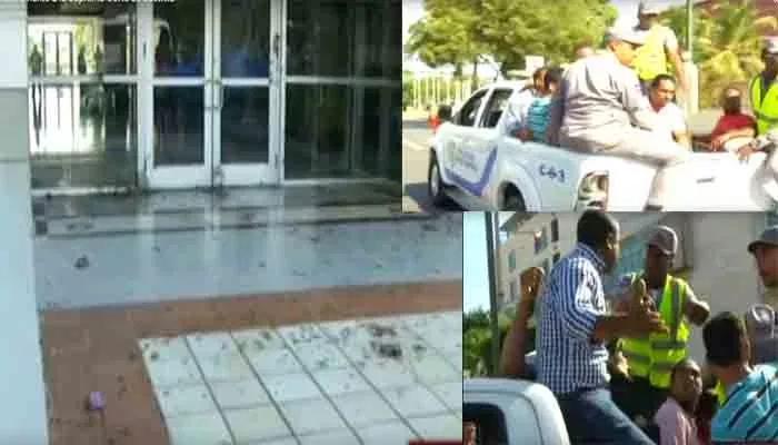 """""""Mierda Pa' la justicia"""" Miembros del Falpo lanzan heces fecales contra la Suprema Corte"""