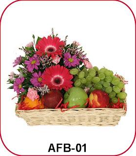 Rangkaian Bunga dan Buah untuk Orang Sakit