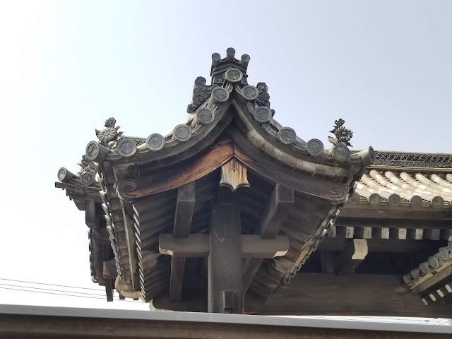 Templo Sanjûsangen-dô, Kyoto, Japón, Kannon, Japan, Viaje a Japon, Cerezos, Elisa N, Blog Viajes, Lifestyle, Travel, TravelBlogger, Blog Turismo, Viajes, Fotos, Blog LifeStyle, Elisa Argentina