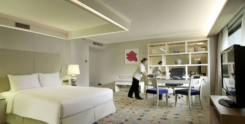 concorde hotel singapore new premier suites promotion
