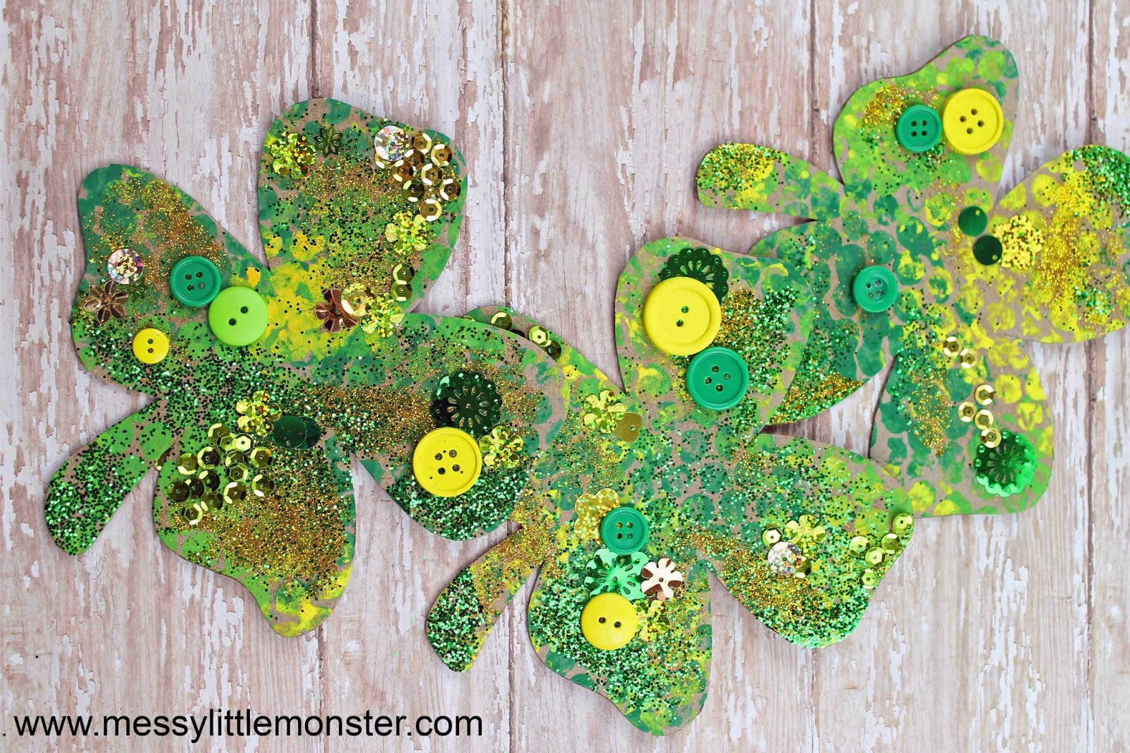 bubble wrap craft - shamrock