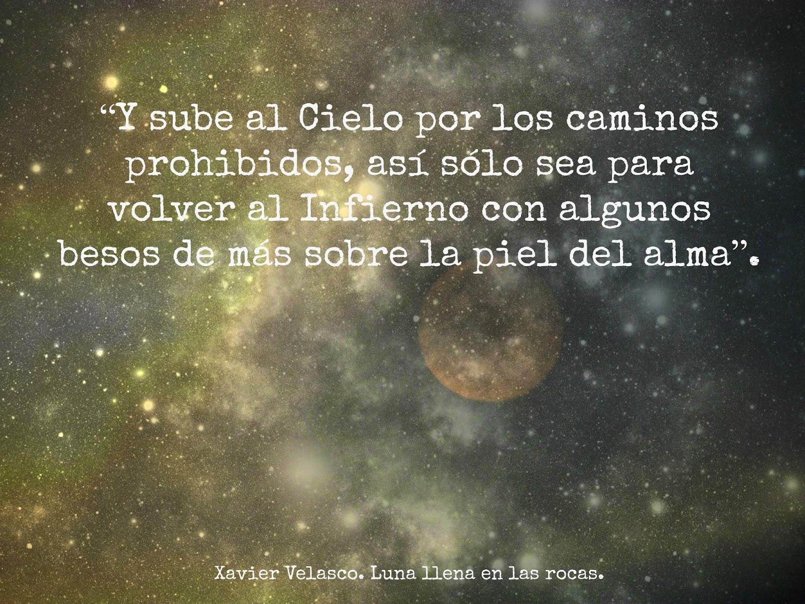 Frases De Oro En Un Papel: Luna Llena En Las Rocas