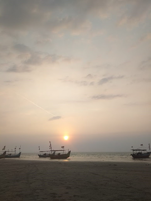 Karang Jahe Beach, Wisata Pantai Pasir Putih di Kabupaten Rembang