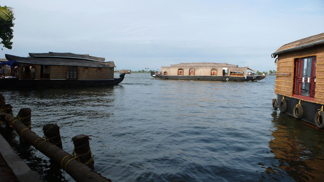 ケララ旅行のメインイベント、ハウスボート