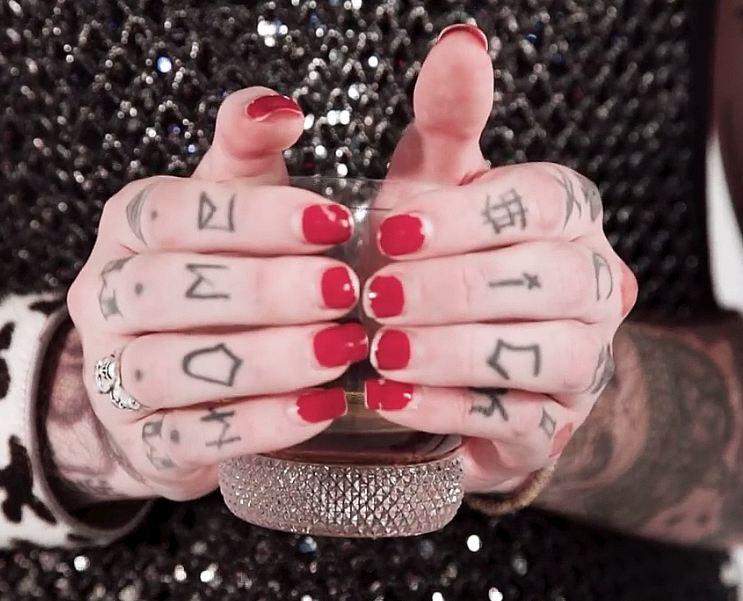 Lil Peep FInger tattoos