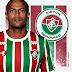Fluminense anuncia renovação de contrato com o volante Airton