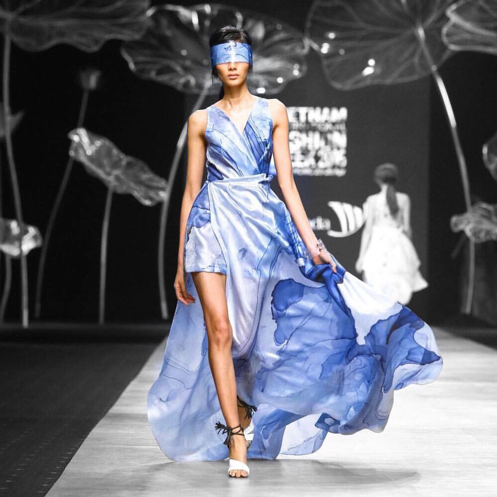 Crystal Phuong- Vietnam International Fashion Week 2016- Day 4- Ivy Moda
