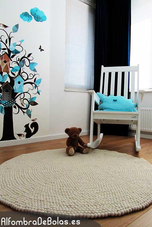 Deconi os rainbow decor con alfombras de bolas ministry of deco - Alfombra redonda infantil ...