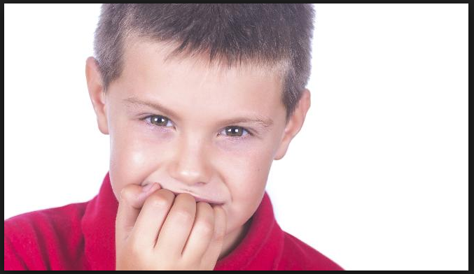 Kebiasaan Menggigit Kuku Pada Anak Ternyata Dapat Mengurangi IQ dan 10 Solusinya