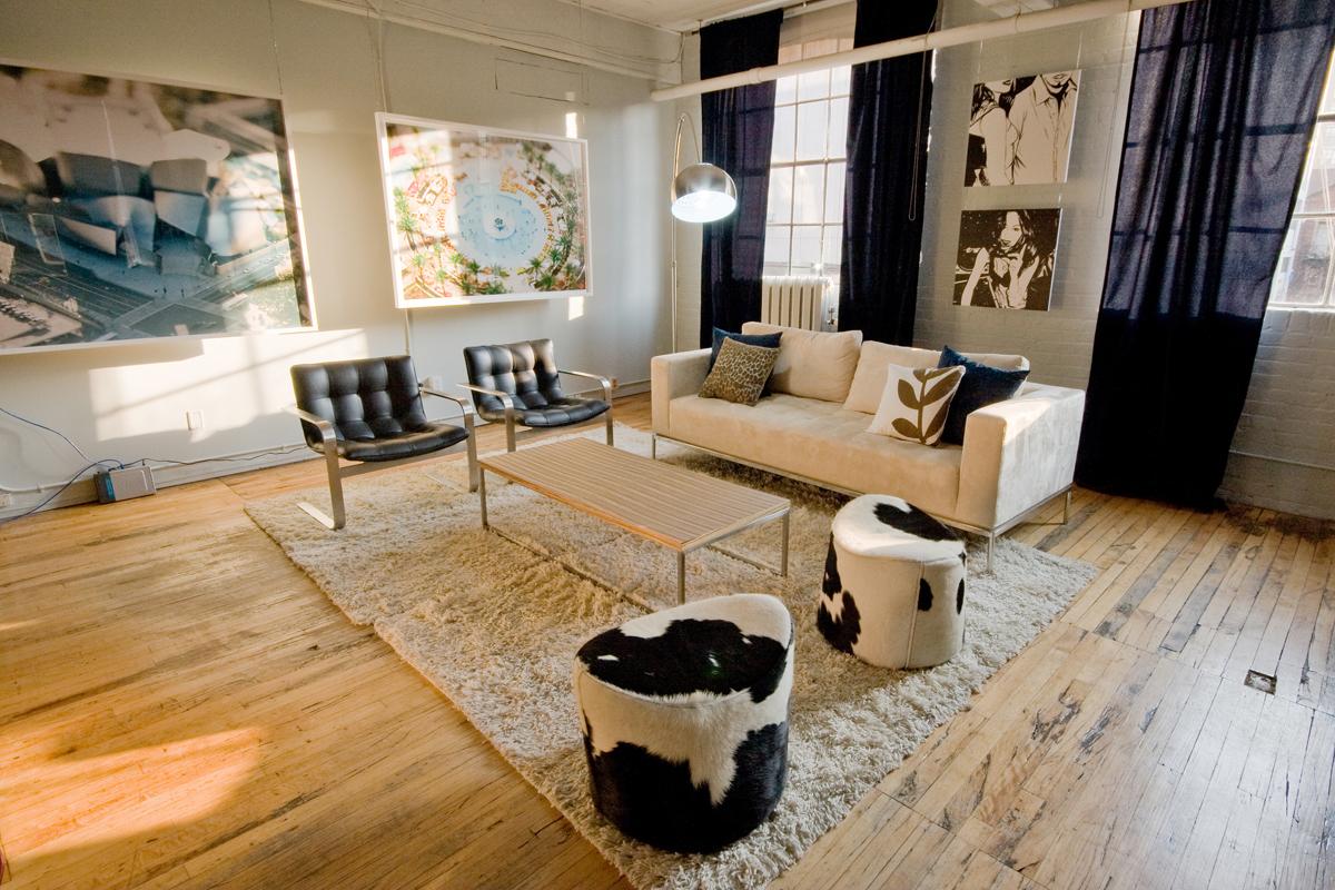 Creative ordinette loft style 2 arredare un loft o attico for Arredamento attico