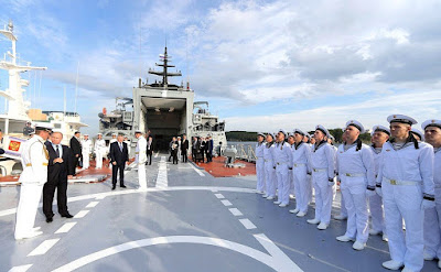 Vladimir Putin visited corvette Sovershenny.