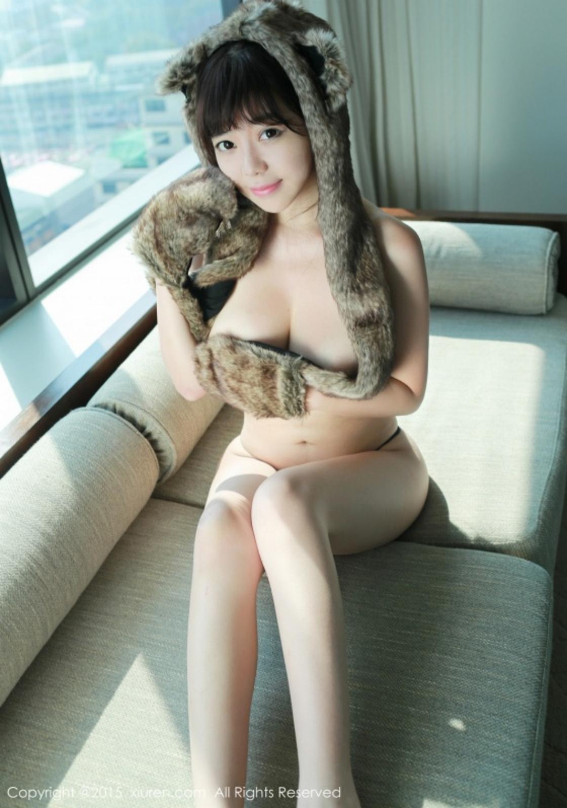 323%2B%252801%2529 - Beautiful Nude Girl XIUREN NO.323 FAYE