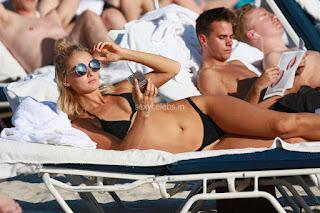 Selena-Weber-in-Black-Bikini--06+sexycelebs.in.jpg