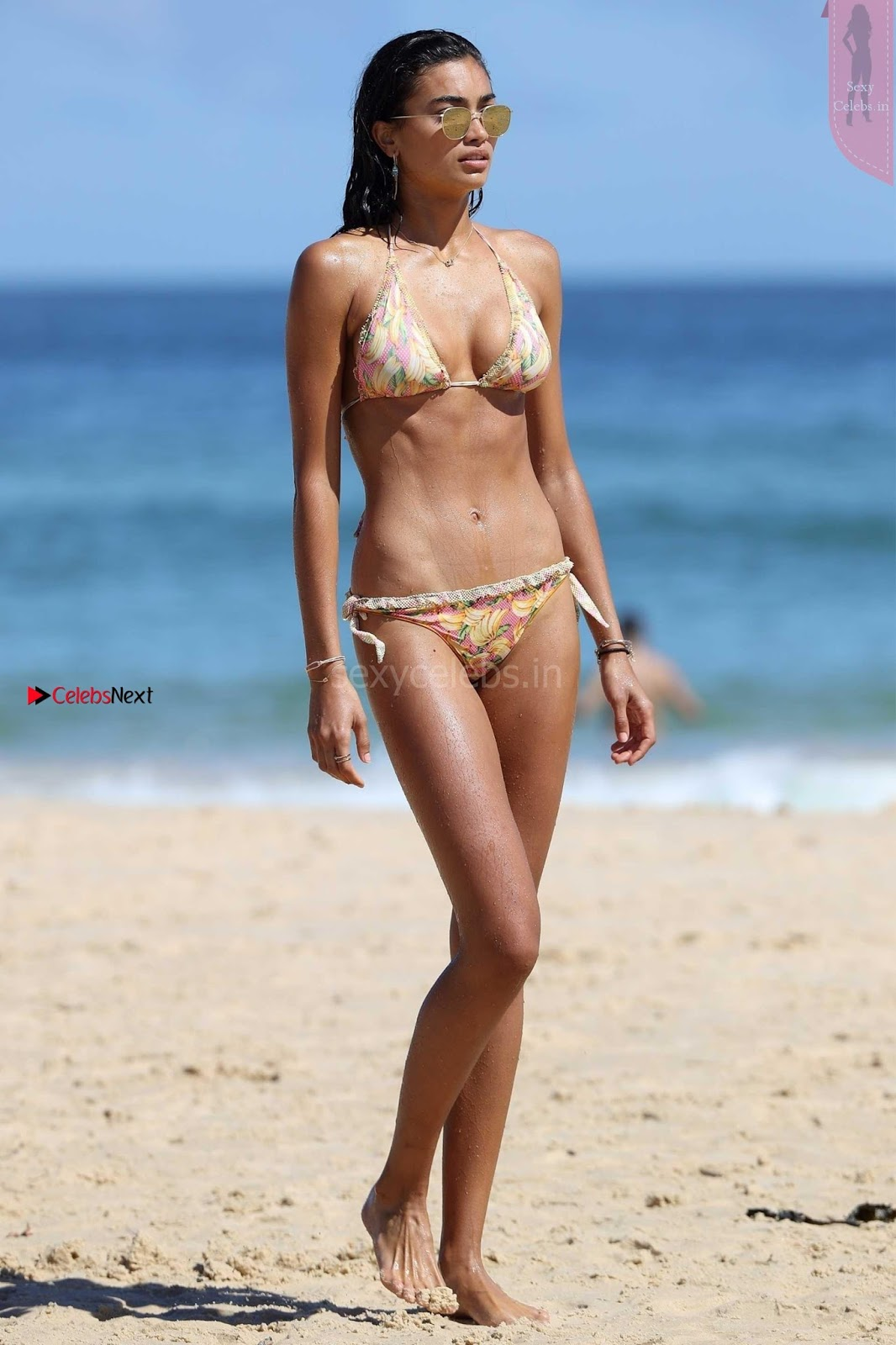 Kelly-Gale-705+in+Sexy+Bikini+Boobs+Tits+WOW+%7E+SexyCelebs.in+Exclusive.jpg