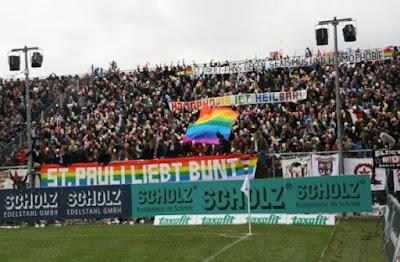 Torcida do clube alemão St. Pauli