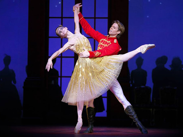 Christopher Wheeldon Cinderella - Dutch National Ballet at the London Coliseum