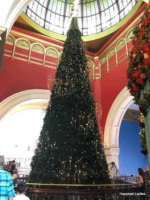 Swarovski christmas tree QVB Sydney