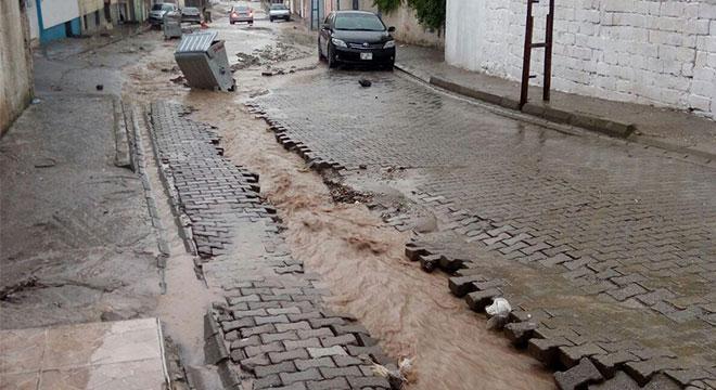 Diyarbakır Çınar'da aşırı yağışlar hayatı olumsuz etkiledi