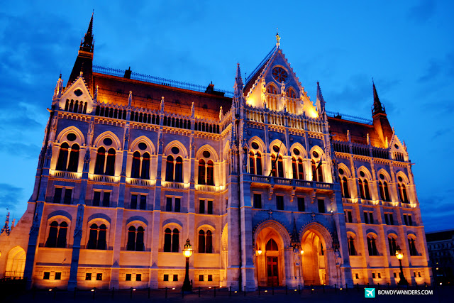 bowdywanders.com Singapore Travel Blog Philippines Photo :: Hungary :: Hungarian Parliament Building: Greatest Time To See Budapest's Unbeatable Landmark