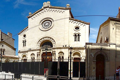 Sinagoga converte-se em mesquita