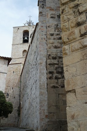 hyères var ville haute vieille médiéval moyen âge collégiale saint paul