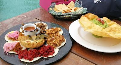 Tacos und Guacamole in Mexiko