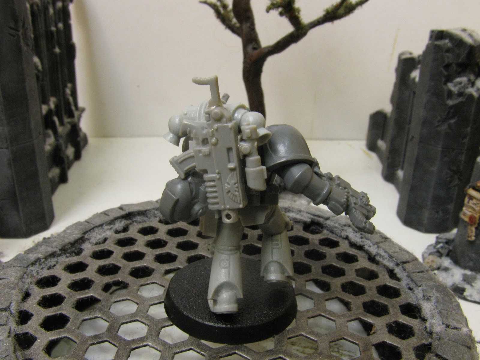 *BITS* 5x Space Wolves Wulfen Arm Paar B