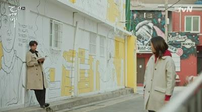 Mocca Bookstore 모카책방 Seongsu-dong Mural Alley 성수동 벽화 Ji Eun tak Kim shin