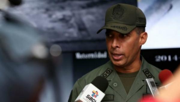 Fiscalía cita en calidad de imputado al excomandante de la Guardia, Benavides Torres, por violación de DDHH