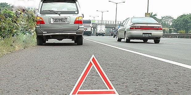 Jalan tol sudah menjadi salah satu jalan utama yang harus dilewati setiap hari baik untuk Tips Jilka Mobil Rusak atau Mogok di Jalan Tol