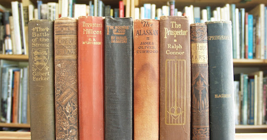 Friday Giveaway: Eight Vintage Novels