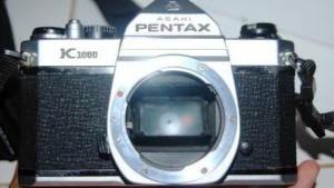 Pentax K1000 tampak depan