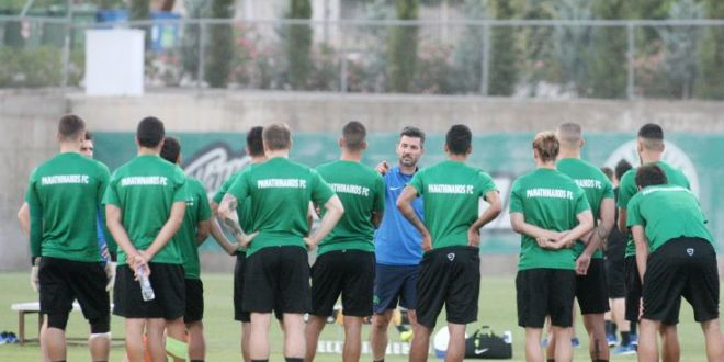 Ο Ουζουνίδης προσπαθεί να κρατήσει τους παίκτες συγκεντρωμένους
