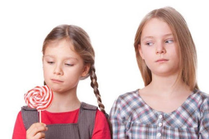 11 Trik Mengatasi Rasa Iri Berlebihan