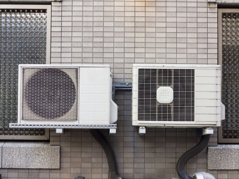 Reverse cycle ducted air conditioning
