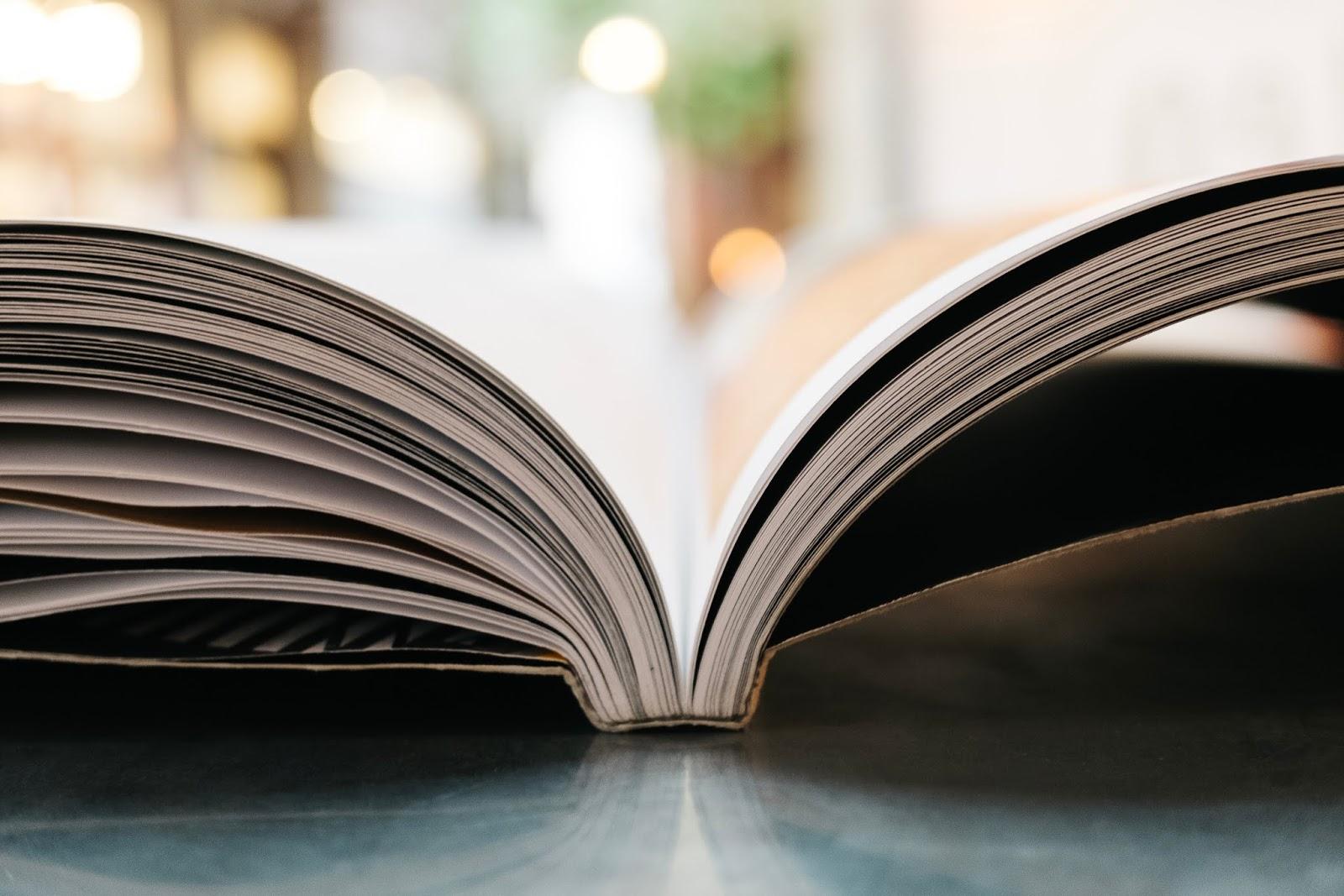 czuję się, czytam, pracuję, chciałabym, jestem wdzięczna, cieszę się, oglądam, czekam