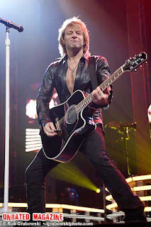Bon Jovi at United Center on March 26 (credit Rob Grabowski)