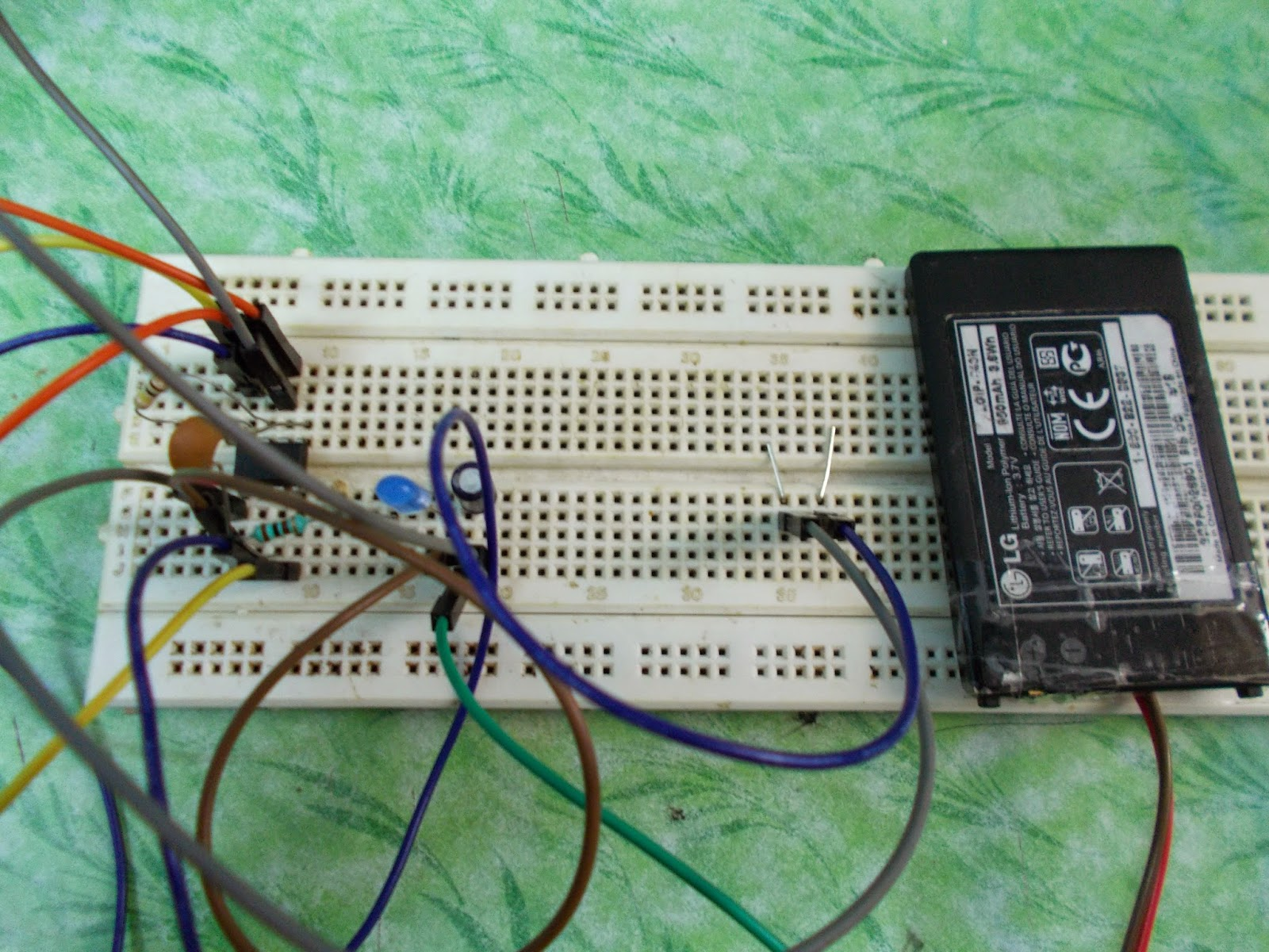 555 Timer Monostable Circuit Electrical Engineering Electronics Electronic Circuits And Projects May 2015 Here Is A Simple Touch Switch Made Using Ic As Vibrator We Have Added Two Pins In The