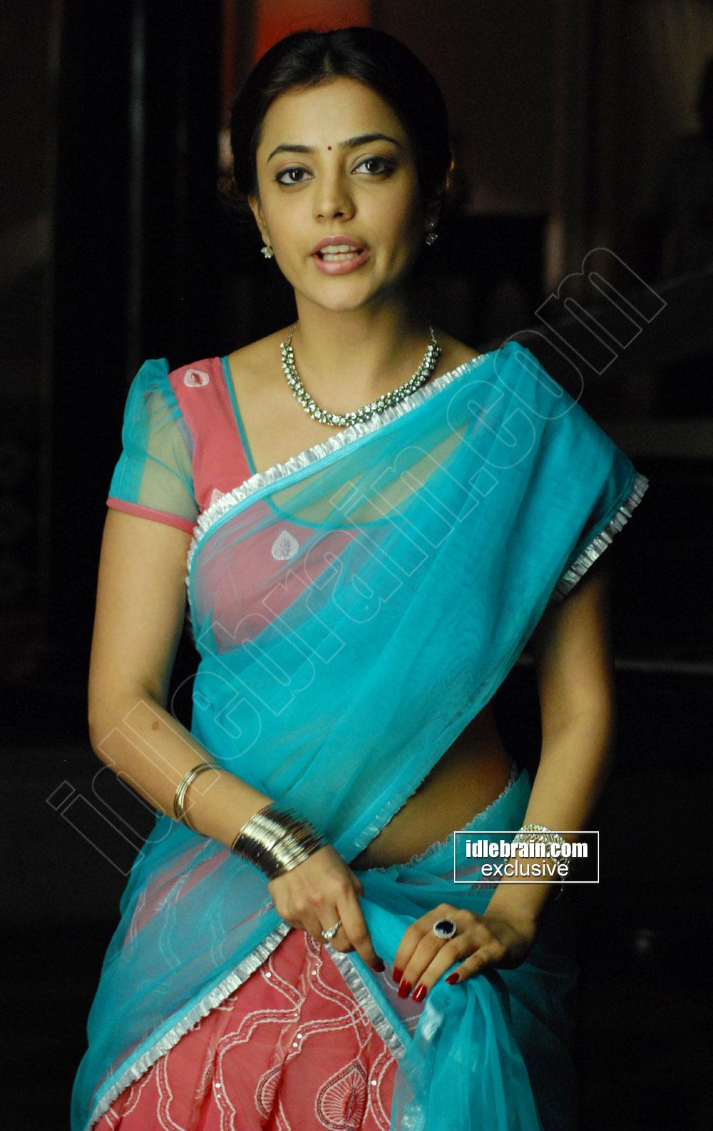 Kajal Agarwal Sister Nisha Sexy Navel And Boob Show In -9503